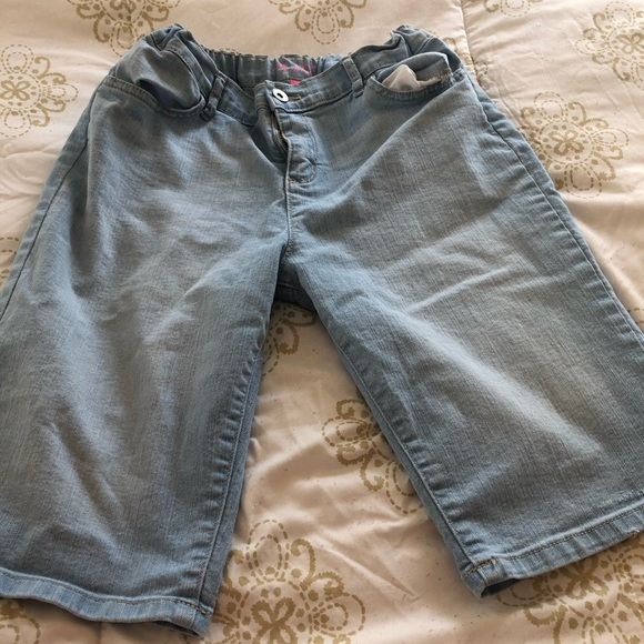 Children's Place Other - Children's Place girls jean Bermuda style shorts
